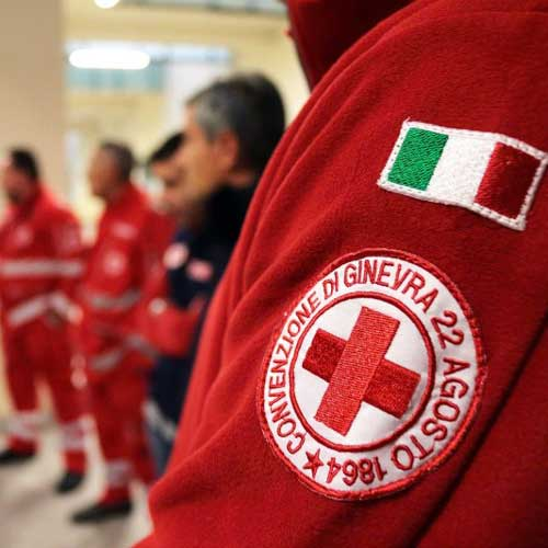 croce rossa assume laureati
