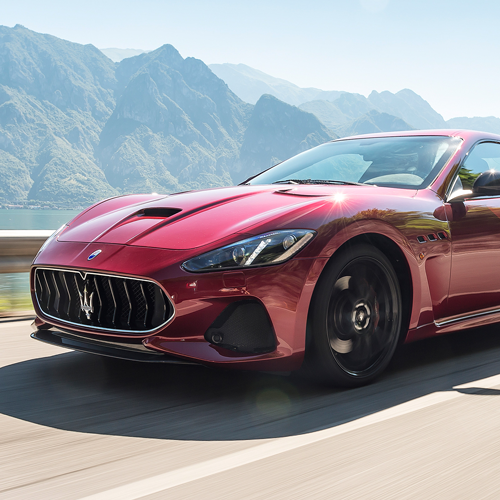 maserati assume e offre stage